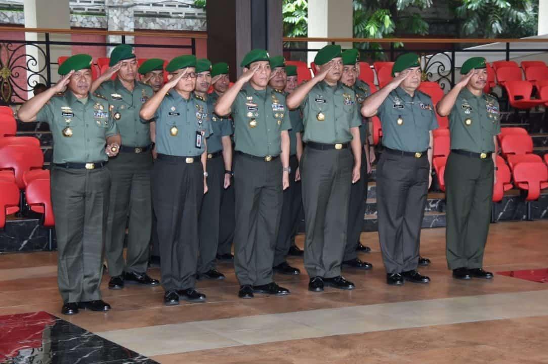 17 Pati TNI AD Laporan Korps Kenaikan Pangkat di Mabesad.