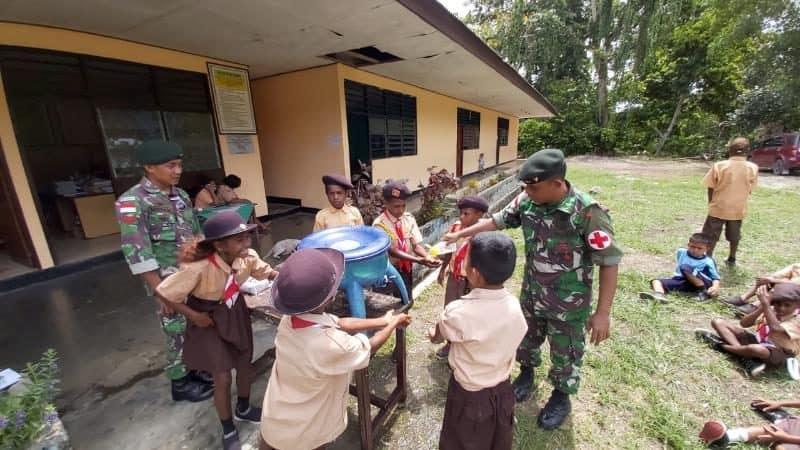 Cegah Corona di Papua, Satgas Yonif 300 Gelar Penyuluhan Kesehatan