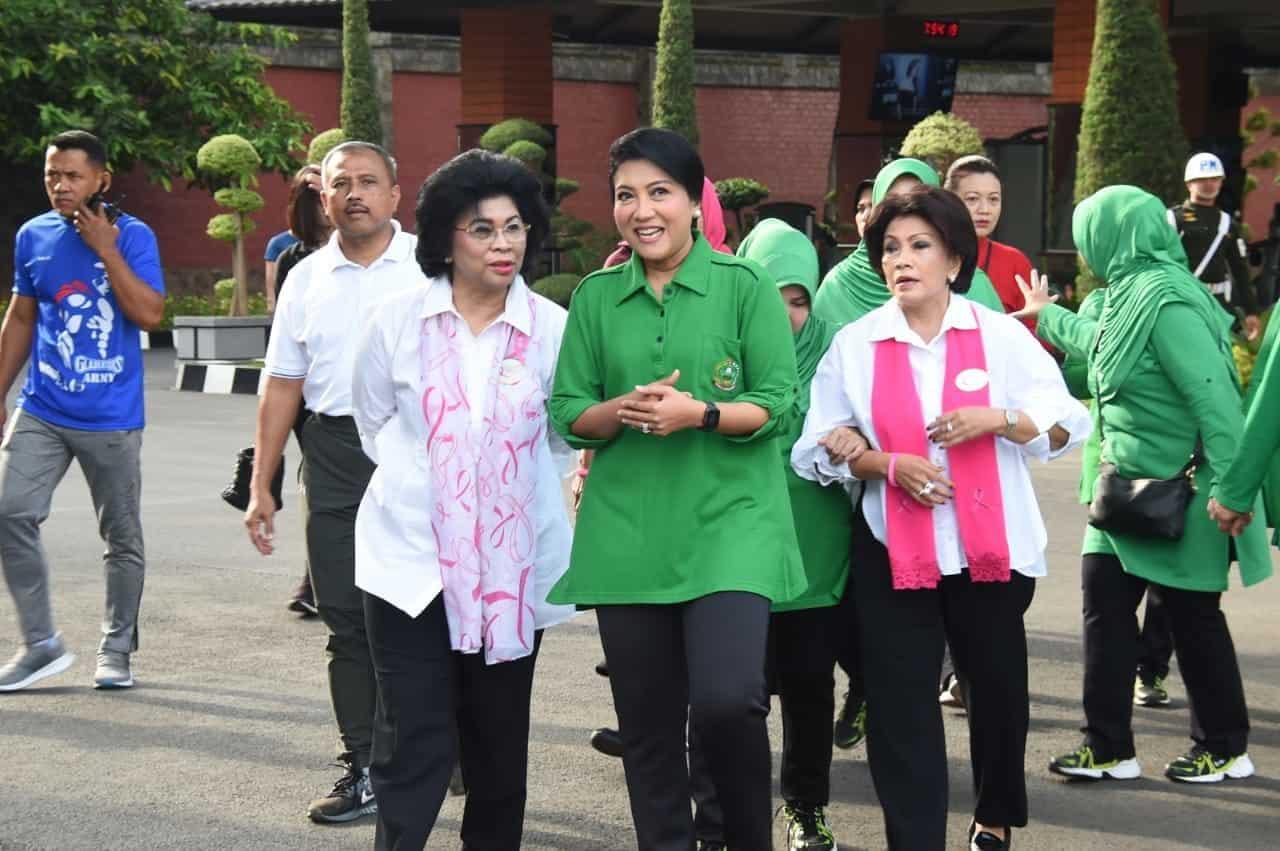 Peduli Istri Prajurit, Ny. Hetty Andika Perkasa Gelar Pemeriksaan Gratis Kanker Payudara