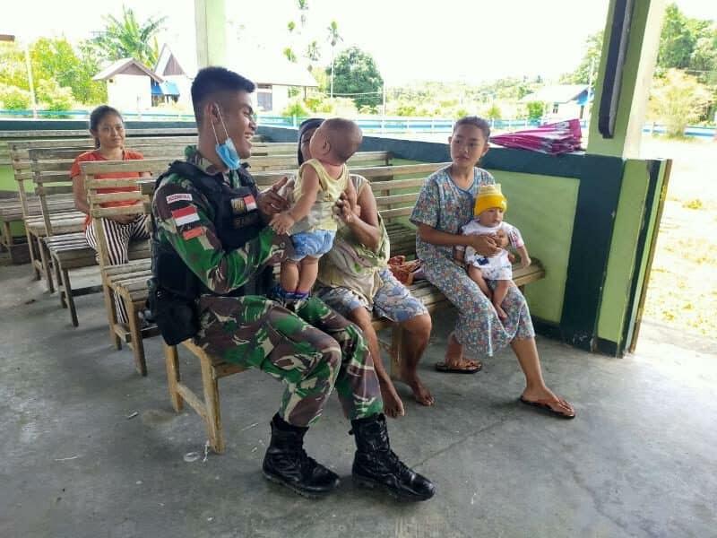 Hindarkan Warga Papua Dari Corona, Satgas Yonif 754 Gelar Yankes