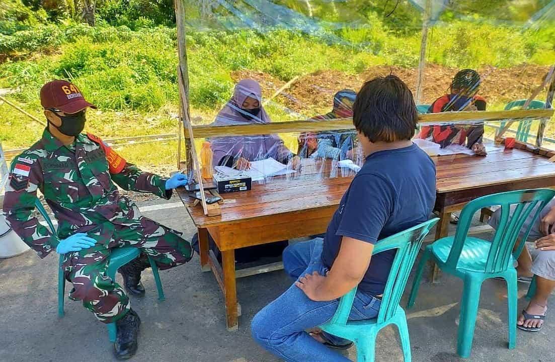 Posko Bersama Desa Wisata, Satgas Yonif 641 Tangkal Corona di Kalbar