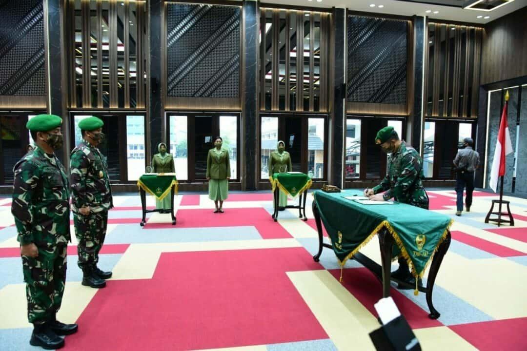 Kasad Pimpin Sertijab dan Lantik 21 Pejabat TNI AD, Mayjen TNI Moch. Fachruddin S.Sos Jabat Wakasad