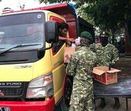 Takjil Bremoro, Prajurit Kostrad Rayakan HUT Divif-2