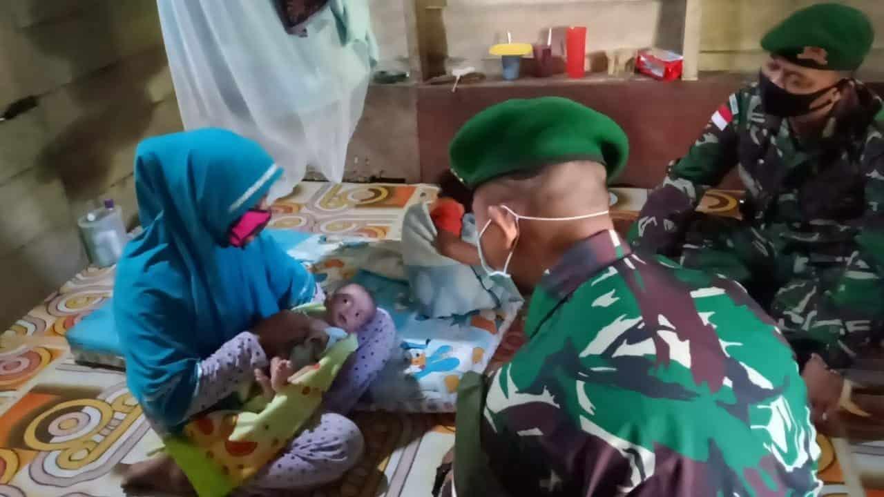 Alami Gizi Buruk, Satgas Yonif 623 Obati Bayi di Nunukan