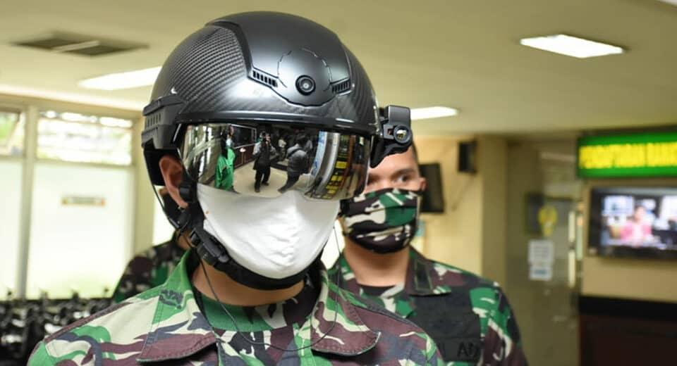 Inovasi Teknologi Cegah COVID-19, TNI AD Gunakan Helmet Thermal KC Wearable