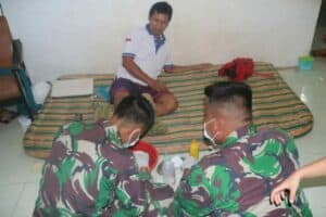 Obati Warga, Satgas Yonif MR 411 Peduli Papua
