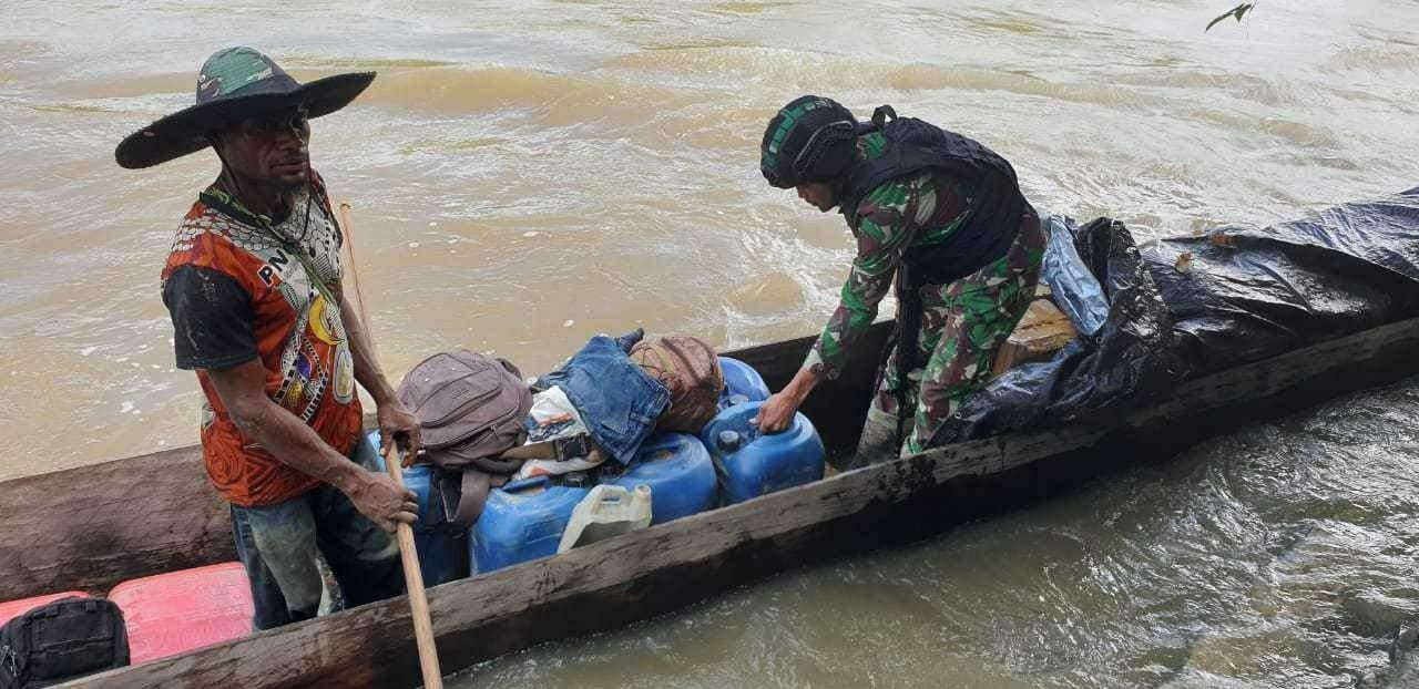 Sisir Sungai Towe Hitam, Satgas Yonif 509 Cegah Aktivitas Ilegal di Papua