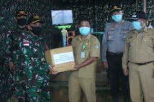 APD Tenaga Kesehatan dan Renovasi Makam, Satgas Yonif 133 Tangani Pandemi Corona