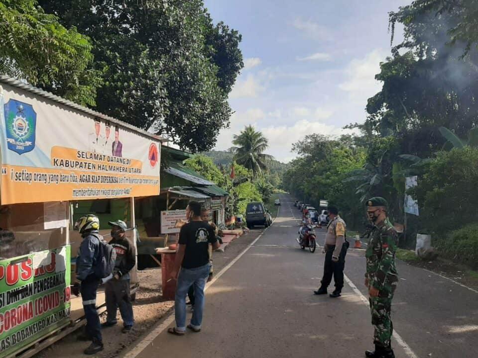 Screening Covid-19, Satgas Yonarmed 9 Jamin Kesehatan Warga Maluku Utara