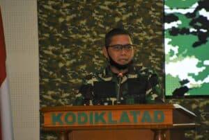 Buat Propelan Roket, Kapten Moh Ali Terima Penghargaan Dankodiklatad