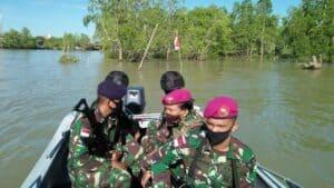 Jaga Keamanan Sebatik Tengah, Satgas Yonif 623 Bersama Satgasmar Patroli Patok Pilar Timur dan Patroli Laut
