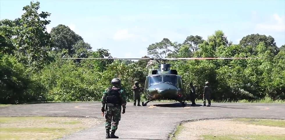 Helikopter TNI ini Nyasar di Pedalaman Kalimantan Barat