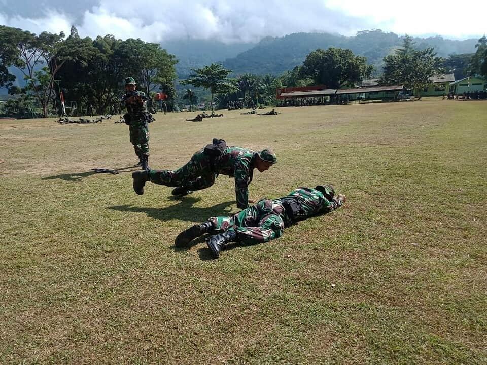 Pelihara Kemampuan Tempur, Satgas Yonif MR 413/Bremoro Kostrad Berlatih Taktik di Tempat Karantina