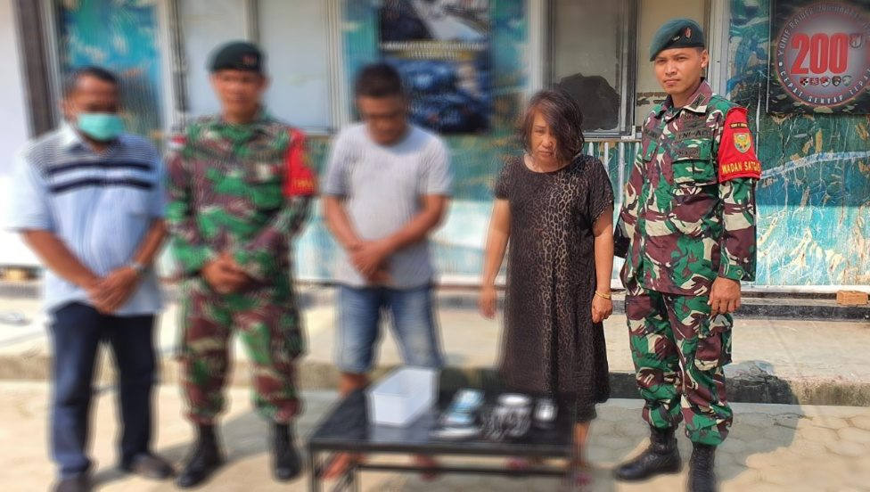 Satgas Pamtas RI-Malaysia Yonif Raider 200/BN Tangkap Pengedar Sabu