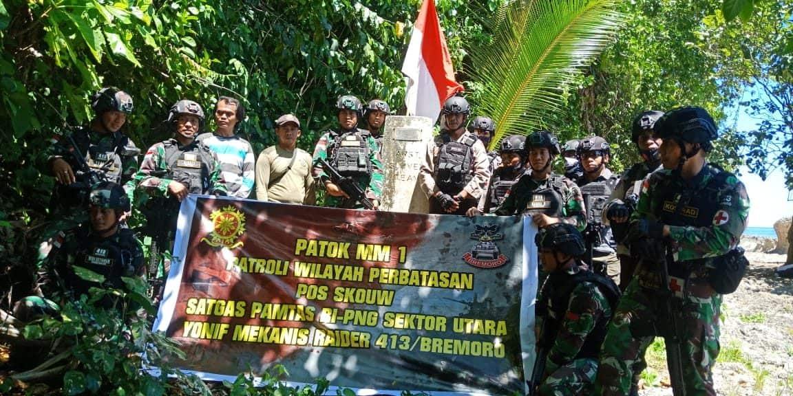 Jaga Kedaulatan Negara, Satgas Yonif MR 413 Gelar Patroli Gabungan