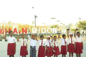 Tanamkan Semangat Nasionalisme, Satgas Yonif RK 744 Gelar Berbagai Lomba di Perbatasan RI-RDTL