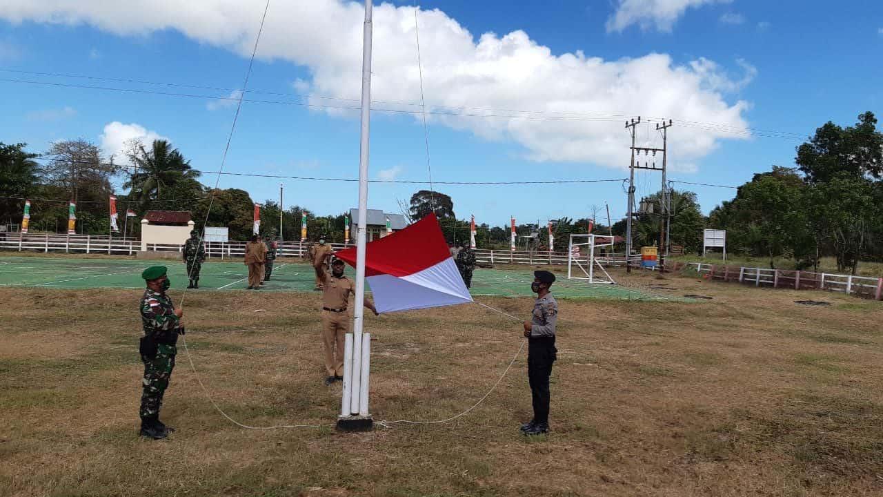 Di Perbatasan Negara, Satgas Yonif 125 Bersama Warga Peringati HUT ke-75 Kemerdekaan RI
