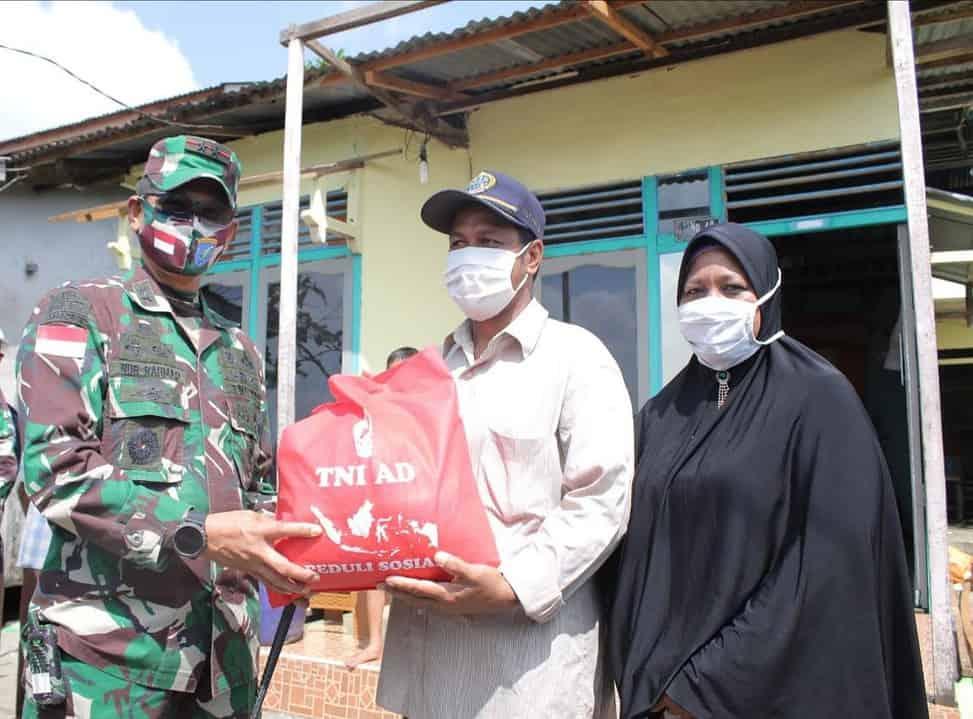 Kodam XII/Tpr Salurkan Lagi Bantuan Kasad Kepada Korban Bencana