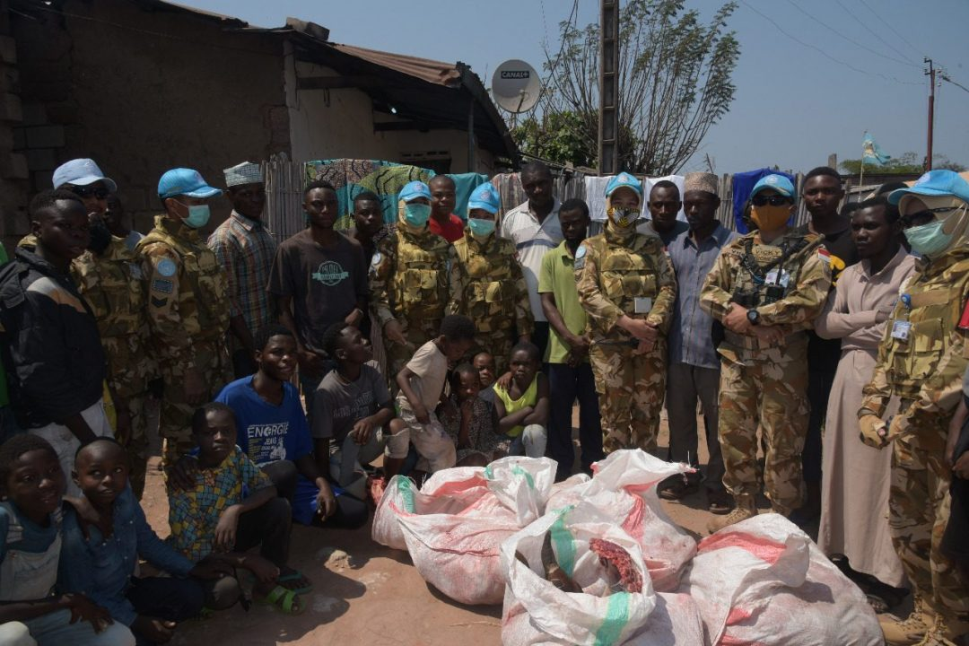 Peduli Sesama, Satgas Indo RDB Monusco Potong 49 Hewan Kurban di Kongo