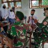 Sambangi SMA Negeri 6 Skouw Jayapura, Satgas Yonif MR 413 Berikan Pengenalan Ilmu Kesehatan
