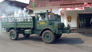 Tidak Kenal Libur, Bengpuspal Puspalad Lakukan Penyemprotan Disinfektan di Secapa AD dan Satuan di Bandung dan Cimahi
