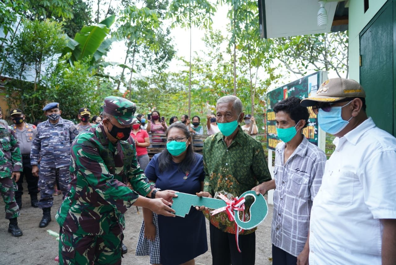 Kasdam XIII/Merdeka Resmikan Rehab RTLH
