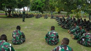 Cegah Pelanggaran, Prajurit Batalyon 757/GV Terima Pembekalan Hukum