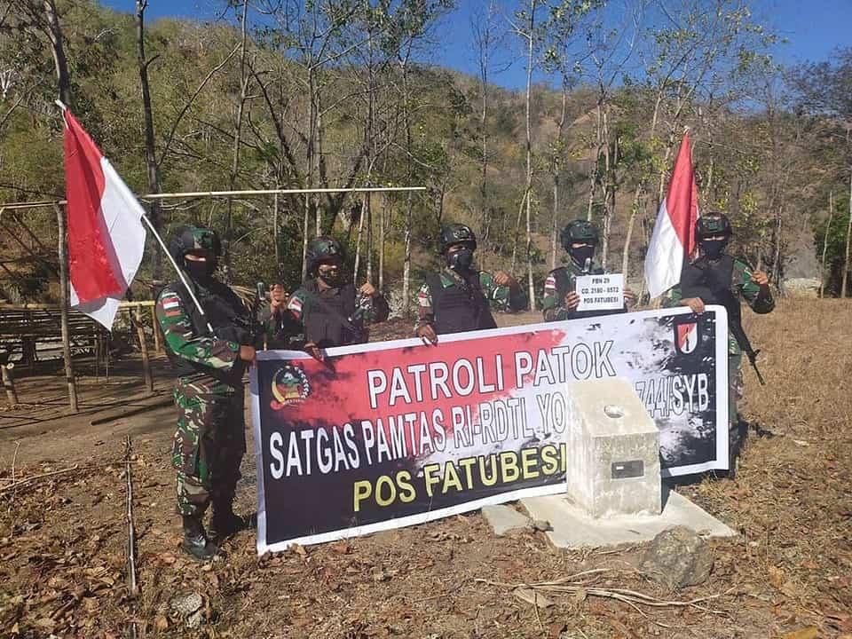 Cegah Penyelundupan, Satgas Yonif RK 744 Patroli Jalan Tikus Perbatasan RI-RDTL