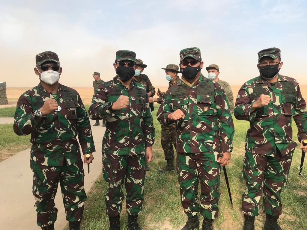 Dankodiklatad dan Sekjen Kemhan Tinjau Latihan Gabungan Angkatan Bersenjata Rusia