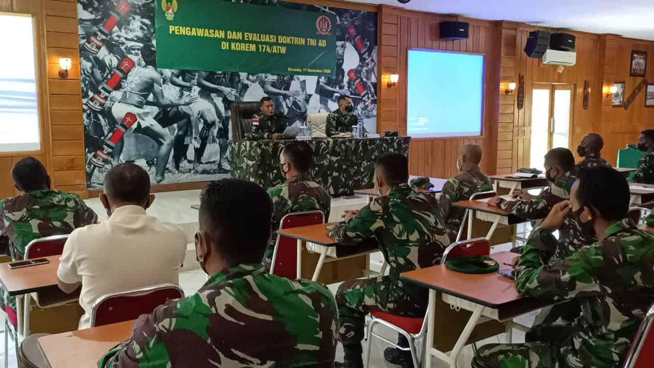 Srenad Gelar Sosialisasi Doktrin TNI AD Kepada Anggota Korem 174 Merauke