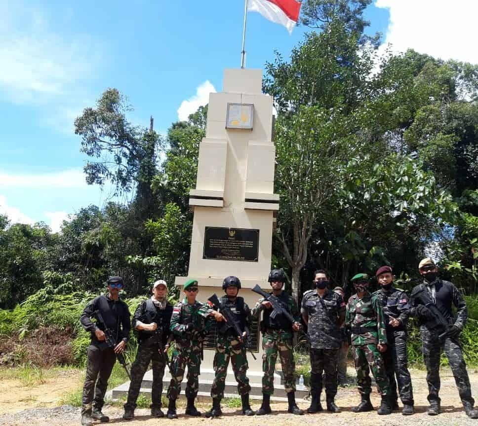 Satgas Yonif 623 Bersama Esscom Bersinergi Jaga Perbatasan RI-Malaysia