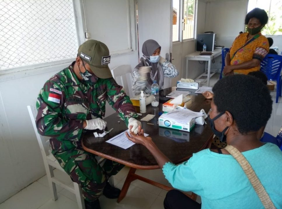 Satgas Yonif Mekanis 516/CY Gelar MBS di Kampung Endemik Malaria