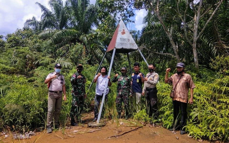 Wujud Sinergitas dan Tingkatkan Keamanan Perbatasan, Satgas Yonif 407/PK Patroli Bersama