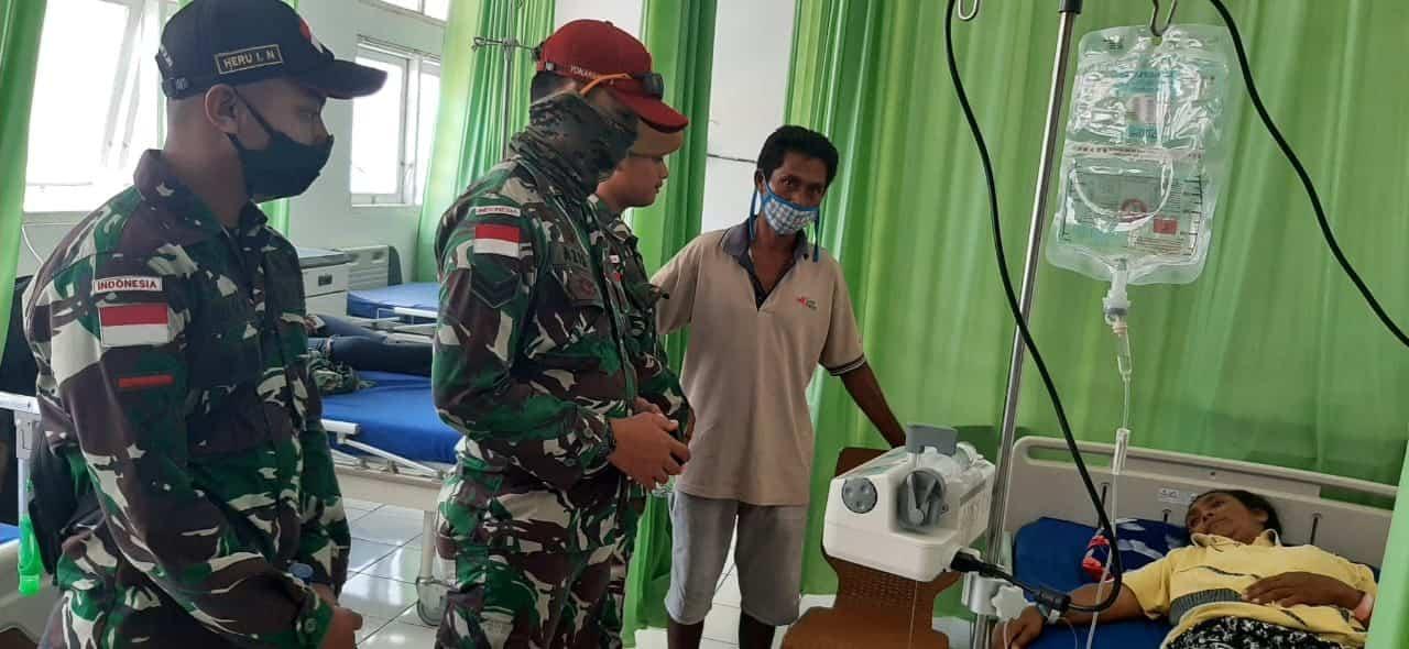 Satgas Yonarmed 3/105 Tarik Selamatkan Masyarakat Perbatasan Dengan Transfusikan Darah