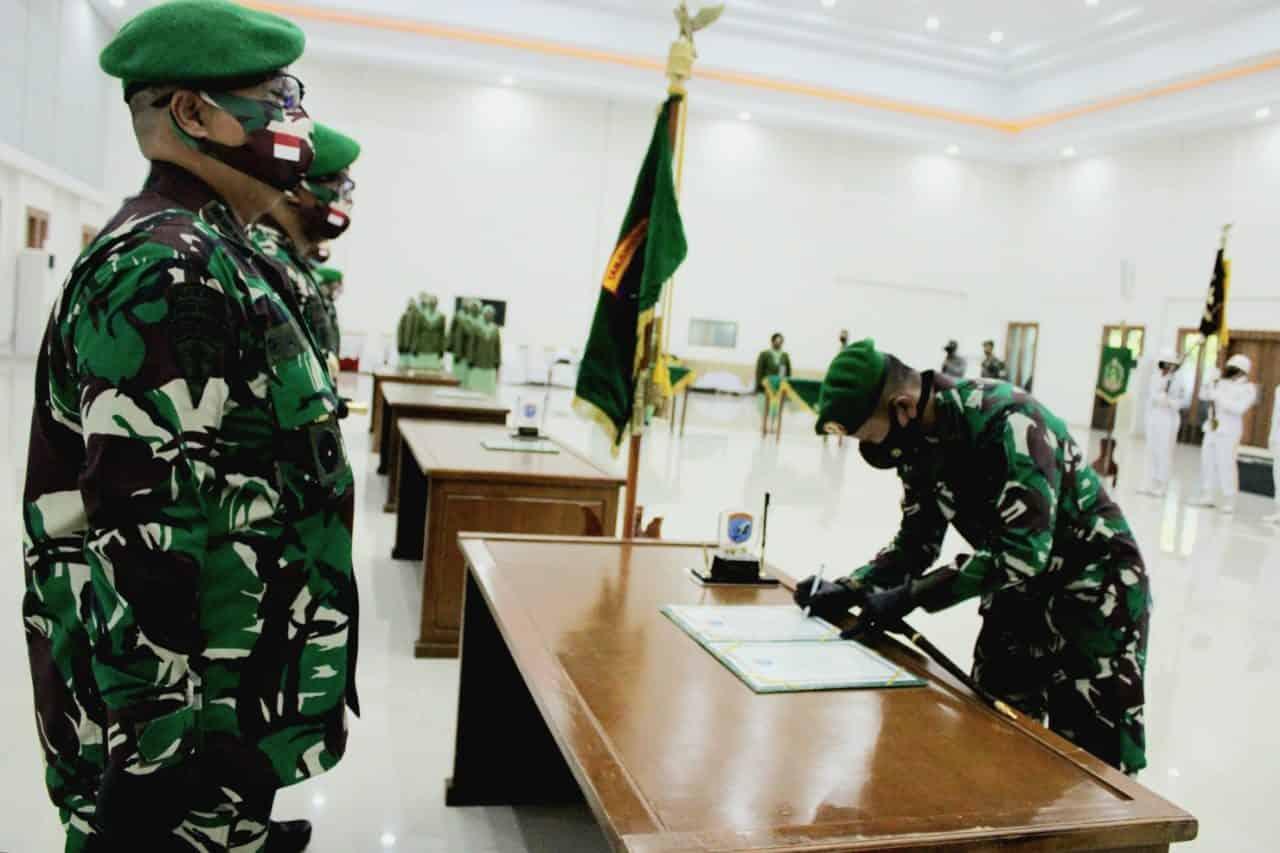 Pangdam XII/TPR Pimpin Sertijab Danbrigif 19/KH dan Penyerahan Jabatan Golongan IV