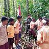 Akan Ikuti Jambore Nasional, Tim Pramuka SMPN 1 Senggi Dilatih Satgas Yonif 312/KH