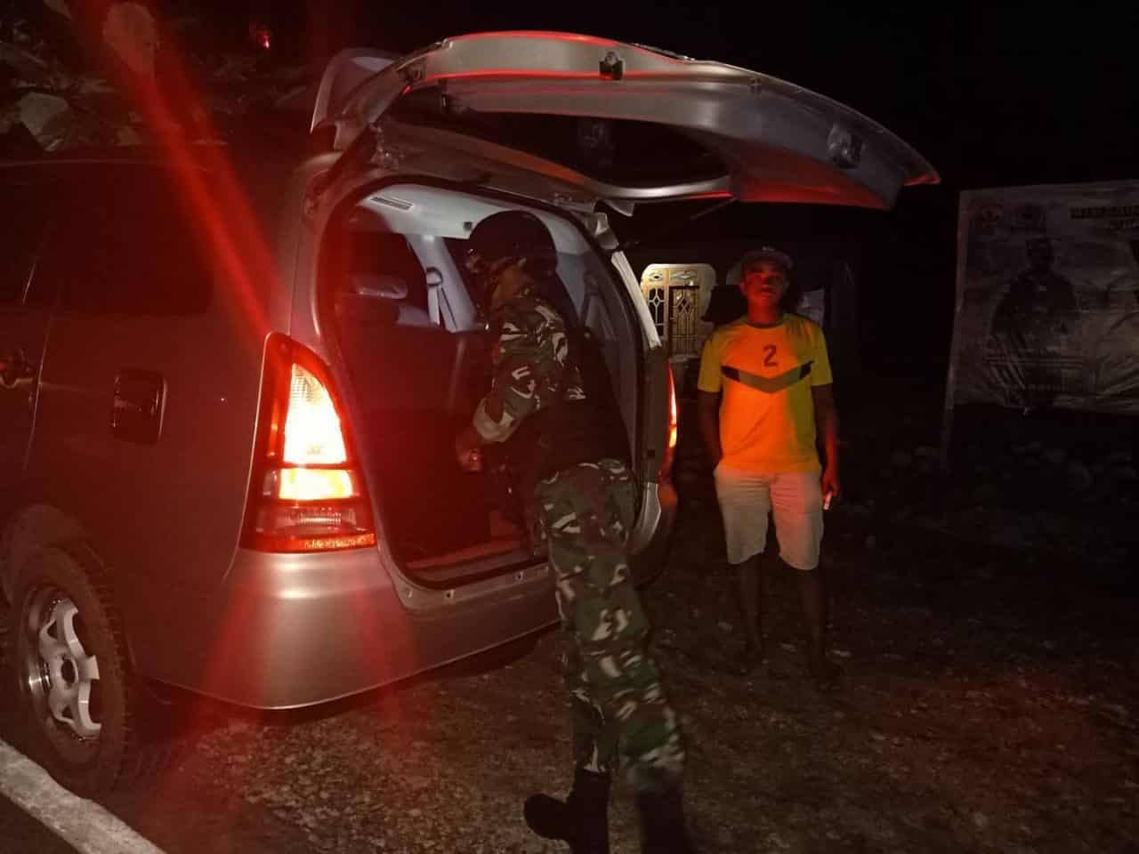 Jelang Tahun Baru, Satgas Yonif RK 744 Perketat Pemeriksaan di Perbatasan RI-RDTL