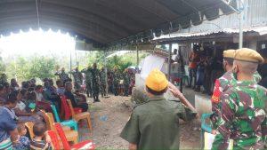 Wujud Penghormatan, Satgas Yonarmed 3/105 Tarik Bantu Prosesi Pemakanan Pejuang Kemerdekaan Bangsa