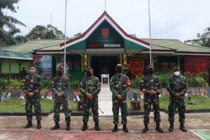 Cek Prajuritnya di Perbatasan, Danrem 121/ABW Kunjungi Satgas Yonif 642/Kapuas