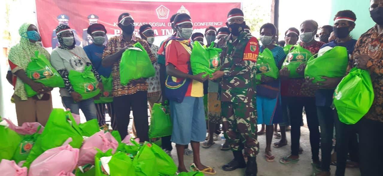Korem 174/ATW Merauke Distribusikan 2000 Paket Bantuan Panglima TNI Dan Kapolri Kepada Masyarakat Kabupaten Merauke