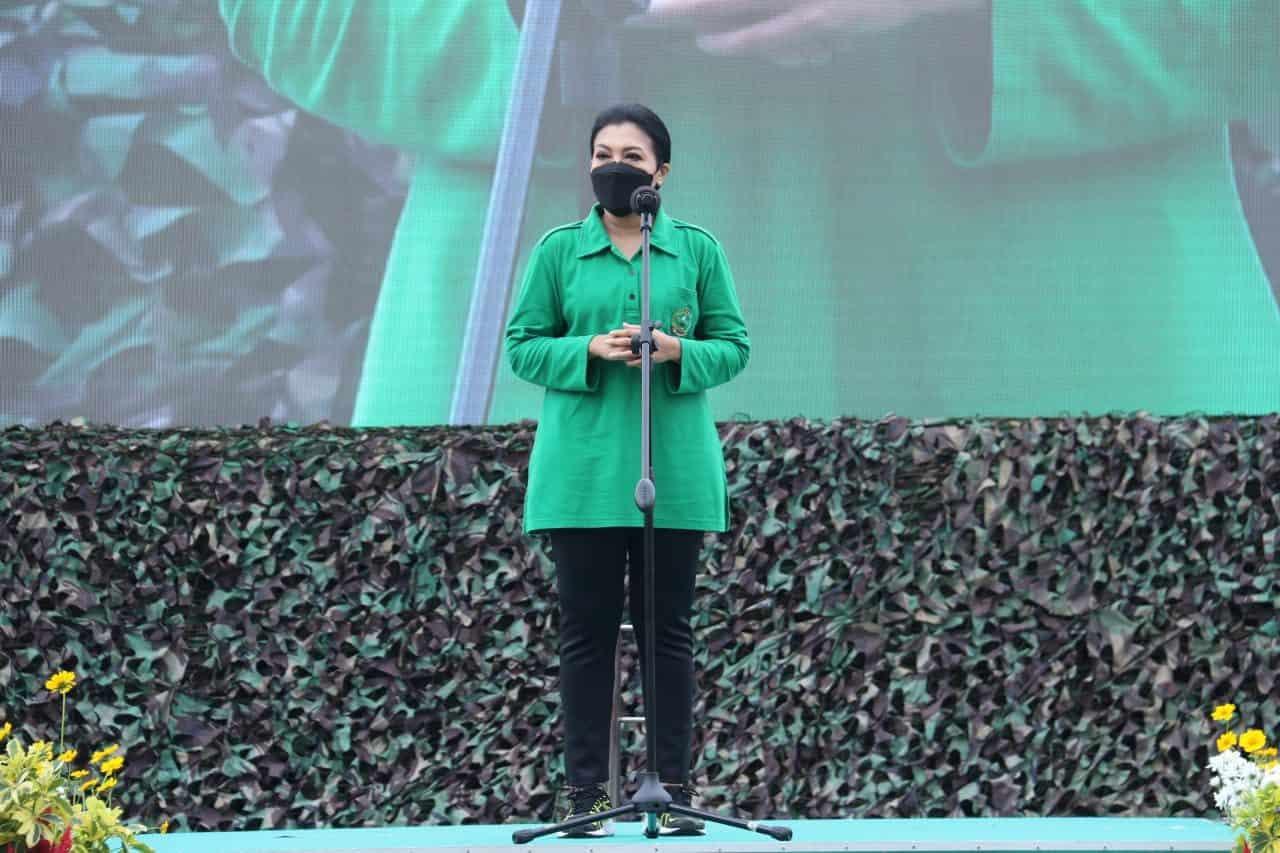 Ibu Hetty Andika Perkasa : Jadilah Prajurit Kowad Yang Anggun Tetapi Tangguh Dan Dicintai Rakyat