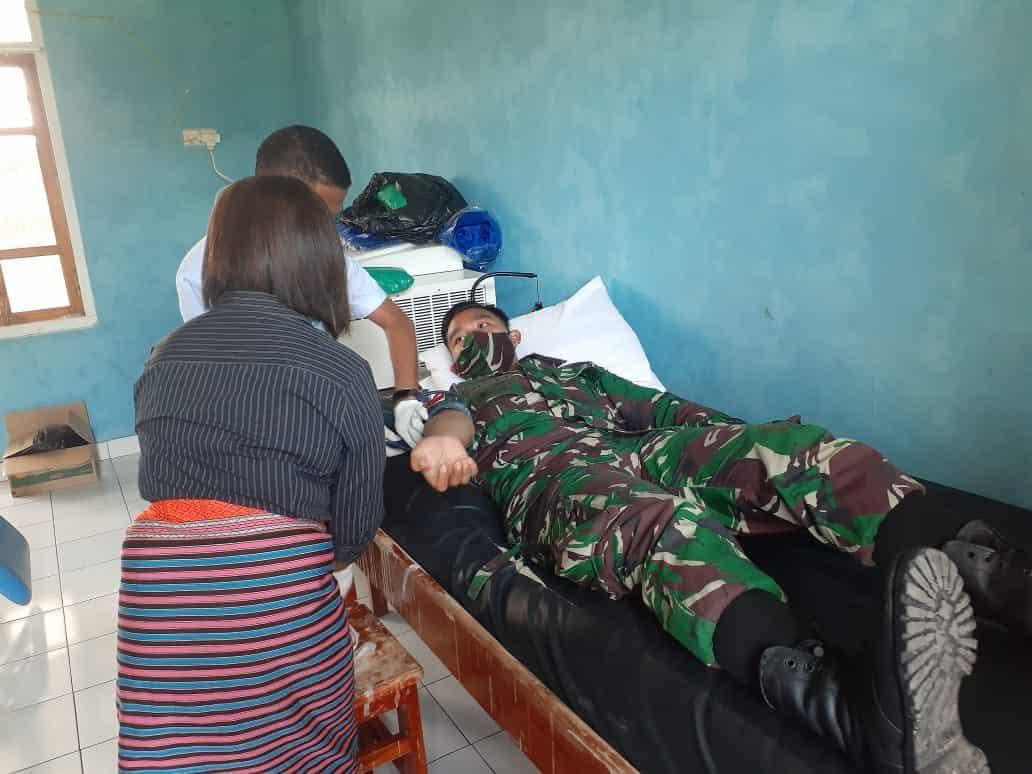 Donorkan Darah, Satgas Yonarmed 3/105 Bantu Kelancaran Operasi Penderita Batu Ginjal