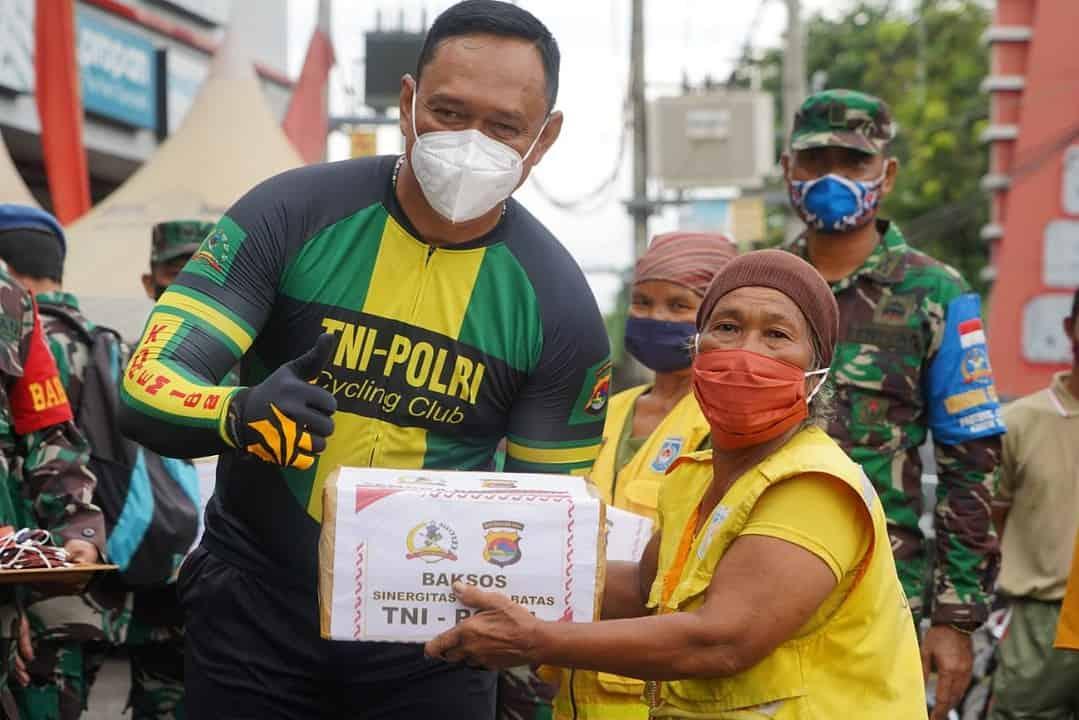 Gowes Sinergitas dan Bakti Sosial TNI-Polri NTB
