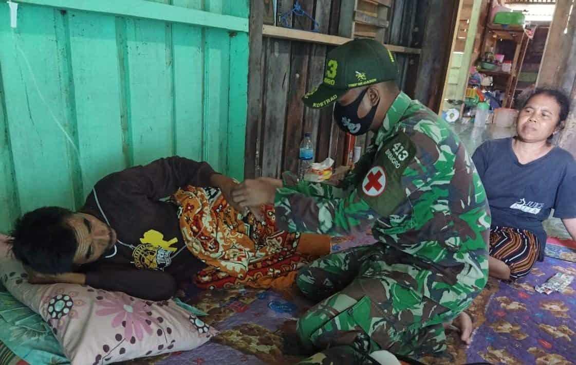 Terjangkit Malaria, Warga Perbatasan RI-PNG dirawat Satgas Yonif MR 413 Kostrad