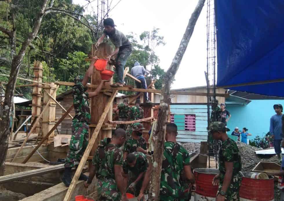 Yonif 763/SBA Bantu Pembangunan Gereja Di Kabupaten Teluk Bintuni