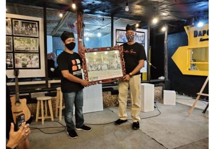 Komunitas Kreatif Kepton Nobatkan Dandim 1413/Buton Sebagai Bapak Komunitas Kepton