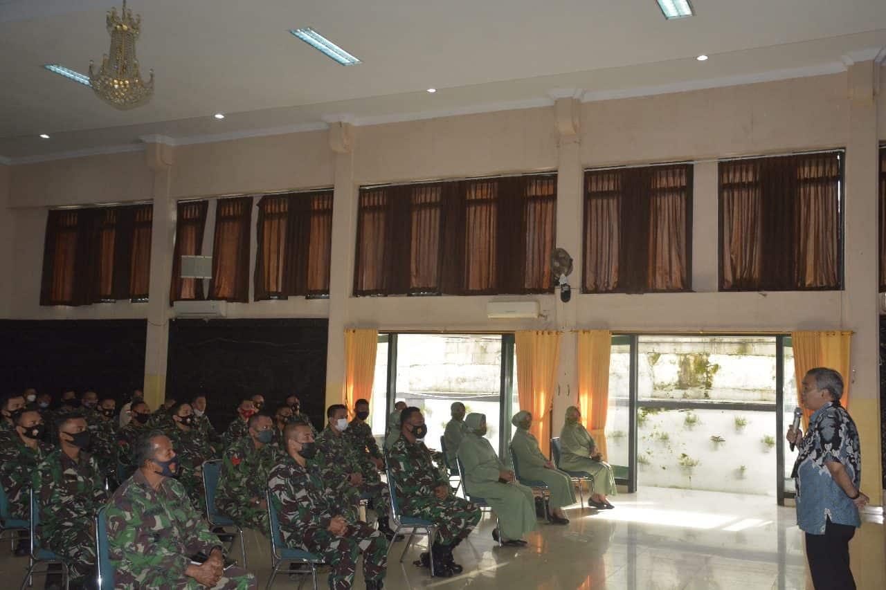 Korem 061/SK Undang Pakar Komunikasi Nasional DR. Aqua Dwipayana