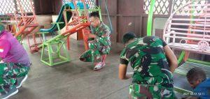 Satgas Yonif 756 Renovasi Bangunan TK Di Kabupaten Asmat