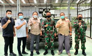Kadislitbangad Tinjau Produksi Rantis P6 ATAV – Gen III