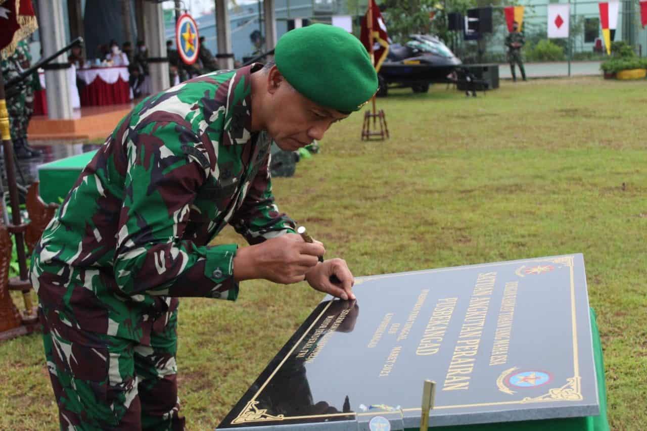 Peresmian Satuan Angkutan Perairan Pusbekang TNI AD